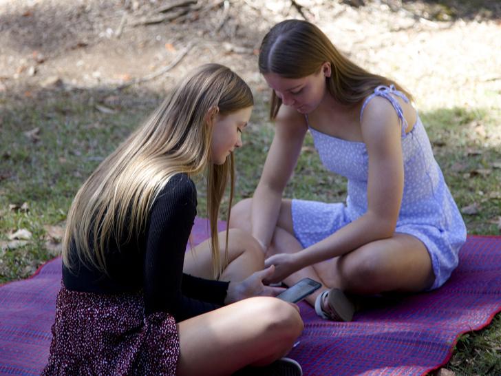 Фото №5 - Токсичная дружба, или Парадоксы женских отношений