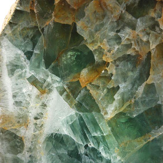 Фото №10 - Какой кристалл подарит удачу твоему знаку зодиака?