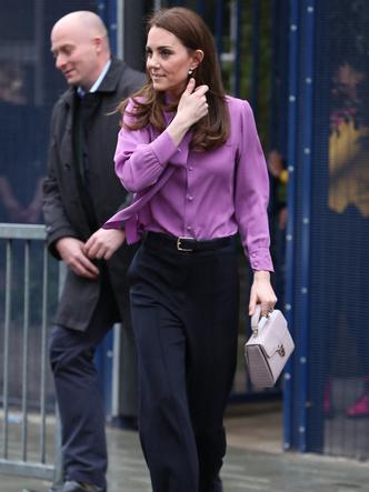 Фото №2 - Модный конфуз или новый тренд: что не так с нарядом герцогини Кейт