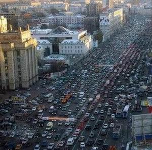 """Фото №1 - Грузовикам ниже """"Евро 2"""" запретят въезд в центр Москвы"""