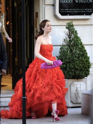 Фото №10 - Gossip girl fashion: 10 лучших образов Блэр и Серены из «Сплетницы»