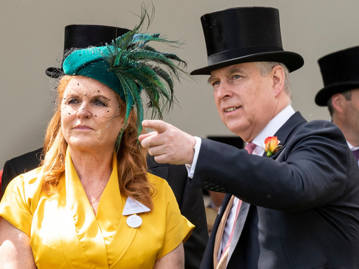 Фото №3 - Развелись, но не разошлись: как отмечает Рождество самая скандальная пара королевской семьи