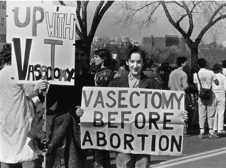Фото №8 - Легализация изнасилований и отмена алиментов: за что борются члены мужских движений
