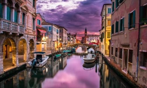 Фото №1 - Италия готова к туристическому сезону. В страну пустят с прививкой от коронавируса или отрицательным ПЦР-тестом