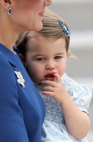Фото №12 - Малыши-путешественники: первые зарубежные туры королевских детей