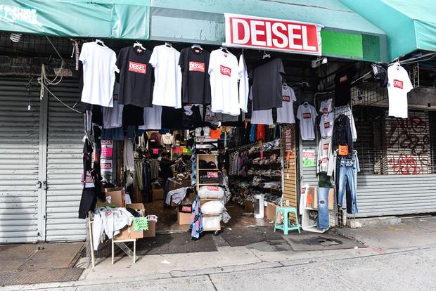 Фото №1 - Мода на фейк: Diesel открыли собственный магазин подделок