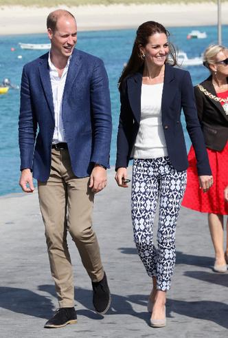Фото №14 - Принцесса масс-маркета: как герцогиня Кейт носит одежду бюджетных брендов