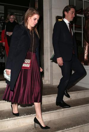 Фото №10 - Вечная классика: как королевские особы носят плиссированные юбки