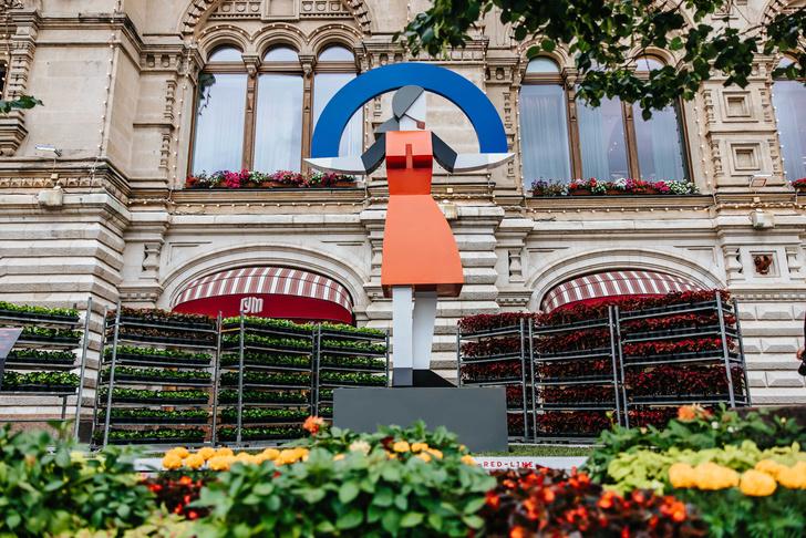 Фото №1 - Выставка российского паблик-арта на Красной площади