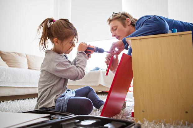 Фото №1 - Обделенные родители: что делать, если малыш любит папу больше, чем маму