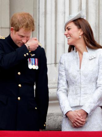 Фото №8 - Особая связь: самые трогательные и забавные фото Гарри и Кейт