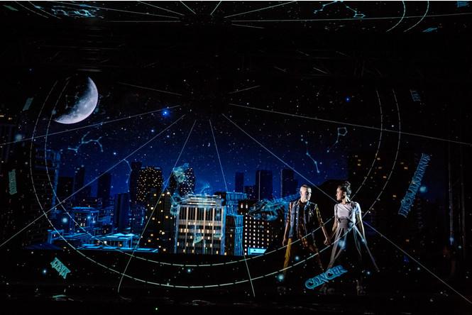 Фото №1 - Голограмма вместо декораций: премьера мюзикла «Саша|Alex»