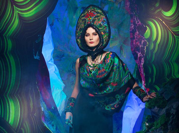 Фото №2 - Sirinbird: сказочные русские платки, популярные не только в России