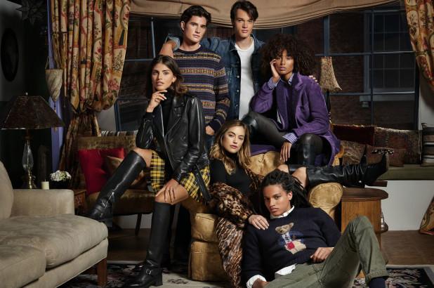 Фото №1 - Ralph Lauren выпустили коллекцию в стиле Рейчел из сериала «Друзья»