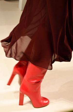 Фото №7 - Самая модная обувь: три главных цвета осени и зимы 2017/18