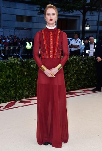 Фото №29 - Платье для выпускного бала: 20 идей с красных дорожек