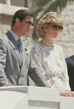 Фото №13 - Любимые солнцезащитные очки принцессы Дианы