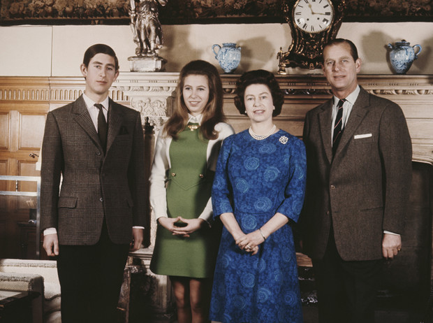 Фото №8 - Какой матерью Елизавета II была для своих детей