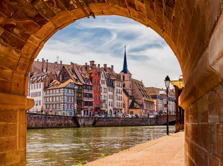 Фото №1 - Топ-5 мест во Франции, куда стоит отправиться именно весной