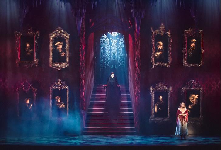 Фото №1 - Мюзикл «Бал Вампиров» празднует 20-летний юбилей