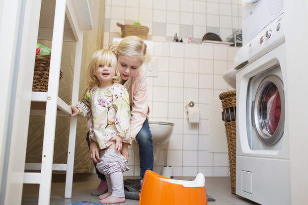 Фото №3 - Как приучить ребенка к горшку: 4 важных правила