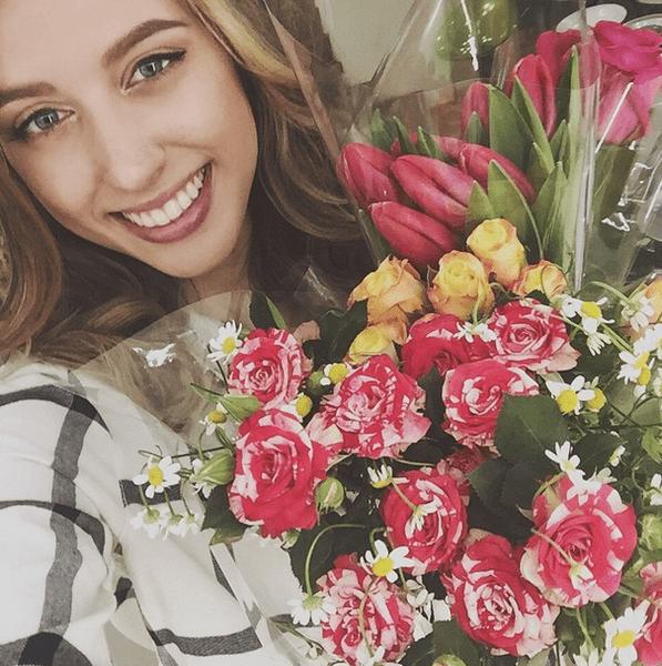 Фото №14 - Звездный Instagram: Знаменитости и цветы