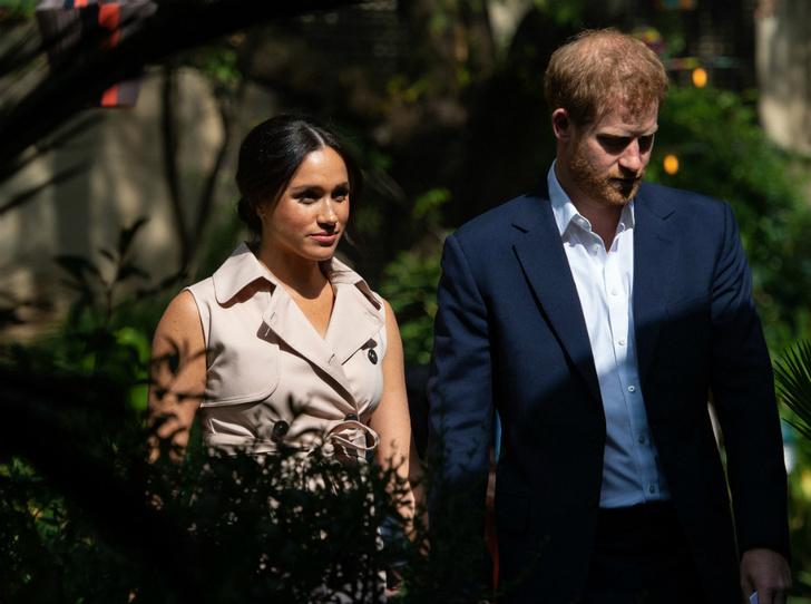 Фото №4 - Почему война Гарри и Меган с таблоидами – последнее, что сейчас нужно королевской семье