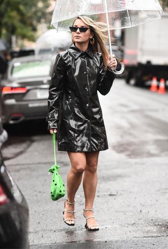 Фото №3 - Что мне дождик проливной: 15 курток и дождевиков для любой погоды