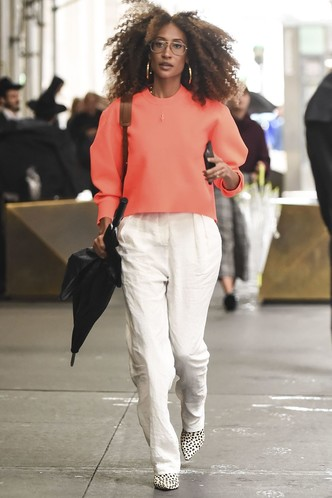 Фото №24 - Свитер и джинсы— это скучно. Лови 40 модных идей, что носить осенью 2021 😎