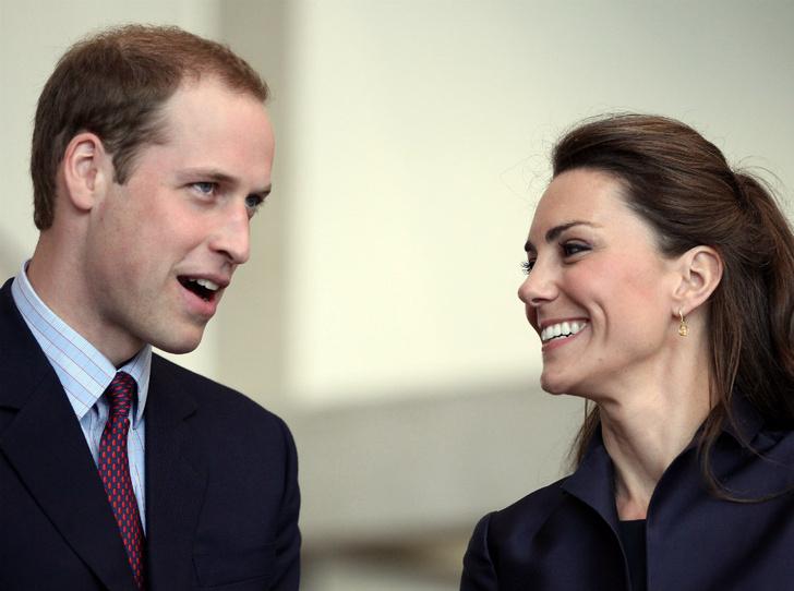 Фото №2 - Какую традицию Уильям нарушил, делая предложение Кейт