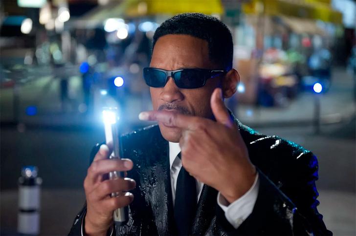 Фото №8 - Факты о фильмах «Люди в черном», которые не стереть из памяти