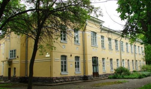 Фото №1 - В Кронштадте закрывается единственное инфекционное отделение