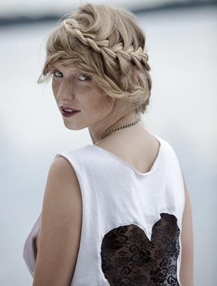 Фото №1 - Beauty-гаджет недели: BaByliss Twist Secret