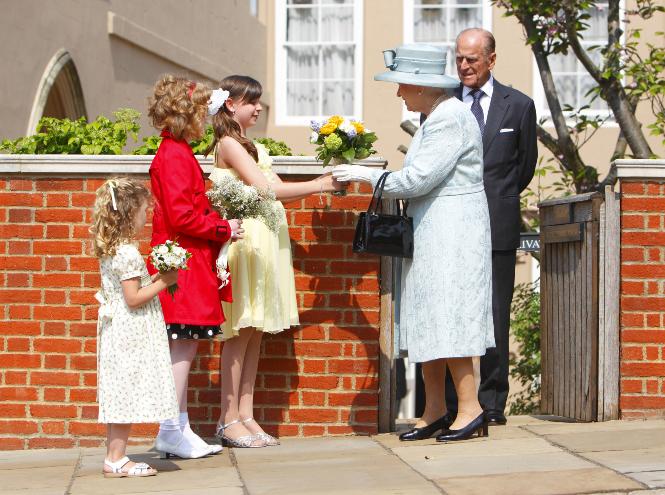 Фото №2 - От Дианы до герцогини Кейт: лучшие пасхальные образы королевских особ