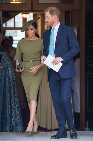 Фото №17 - Герцогиня Меган тратит на наряды больше герцогини Кейт