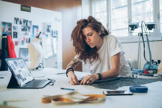 Увольнение: когда меня работу в 2021 году, почему хочется уволиться, куда идти работать, какие профессии востребованы