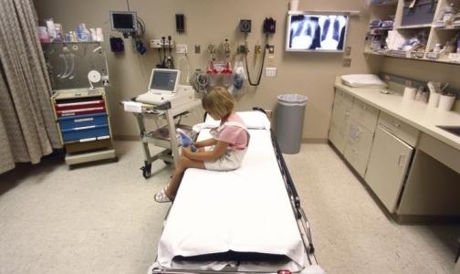 Фото №1 - На сеансе физиотерапии в детской поликлинике Кронштадта загорелось оборудование