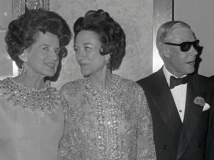 Фото №1 - Американская история: что связывало Уоллис Симпсон и клан Кеннеди