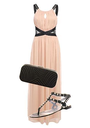 Платье, Savage, lamoda.ru, 3789 руб.; клатч, Accessorize, 1478 руб.; сандалии, Ash, hotlook.ru, 5990 руб.