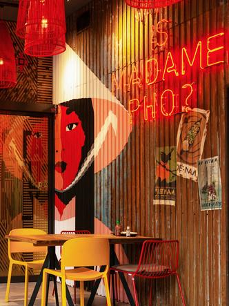 Фото №4 - Вьетнамский ресторан Madame Pho в Будапеште