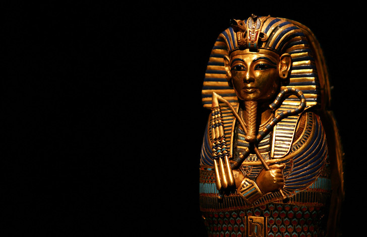 Фото №1 - Проклятие золотого тельца: как деньги сводили человечество с ума