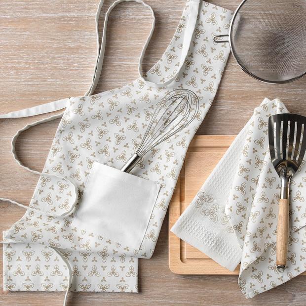 Фото №15 - Модные фартуки и текстиль для кухни