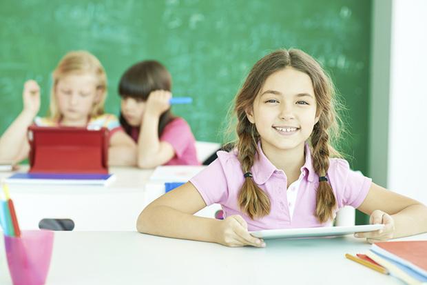 Фото №4 - В.А. Сухомлинский: самые главные мысли о детях, семье и школе