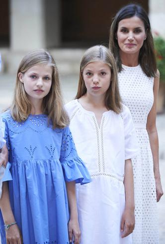 Фото №7 - Как любят отдыхать испанские монархи (фотосессия в обязательной программе)