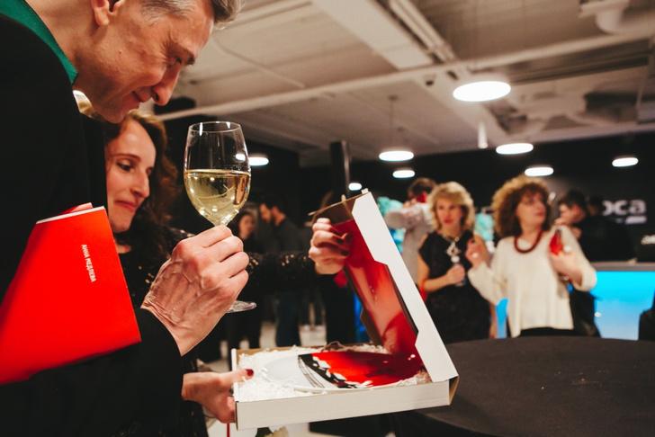 Фото №2 - В новом выставочном пространстве Roca Group состоялся запуск международного арт-проекта 100×100Art