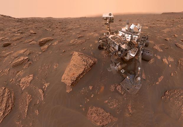 Фото №1 - Ученые зафиксировали странное поведение кислорода на Марсе: он то появляется, то исчезает