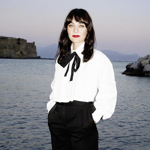 Фото №1 - Меняем цвет на свет: тонкости летнего макияжа от Chanel