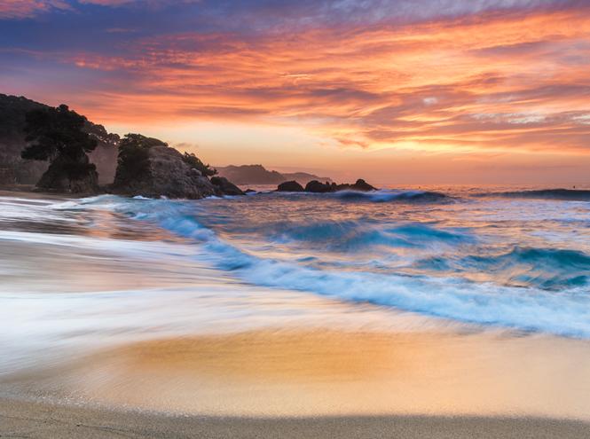 Фото №5 - 20 секретных пляжей самых известных курортов