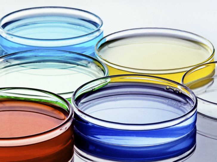 Фото №1 - Химия красоты: 9 кислот, которые нужно знать