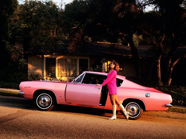 Фото №4 - На чем ездили девушки года журнала Playboy